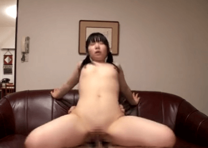 肉肉的童顏巨乳 Facialized asian riding on cock